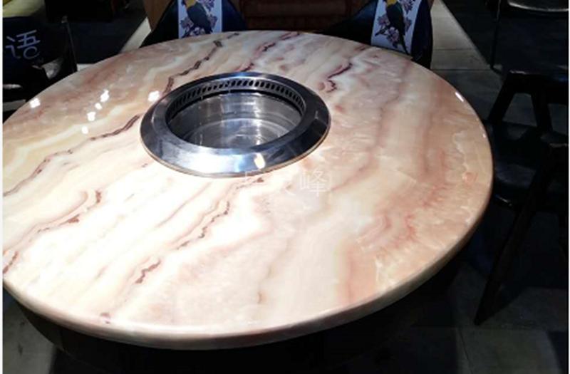 智能无烟火锅桌椅为您提供更舒适的温暖